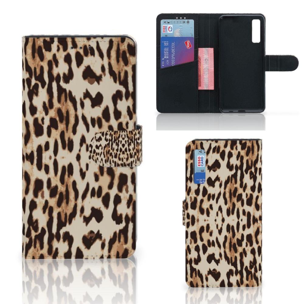 Samsung Galaxy A7 (2018) Telefoonhoesje met Pasjes Leopard