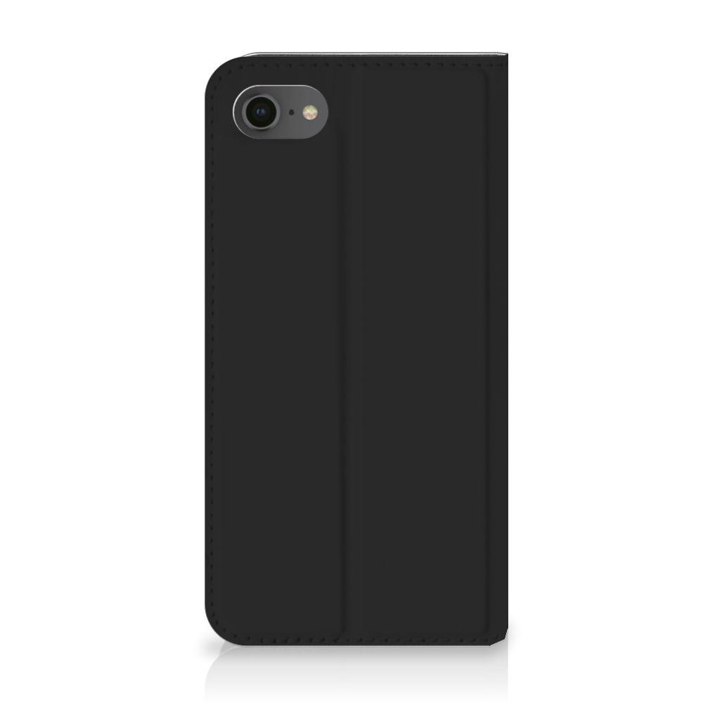 Apple iPhone 7 | 8 Uniek Standcase Hoesje Woke Up
