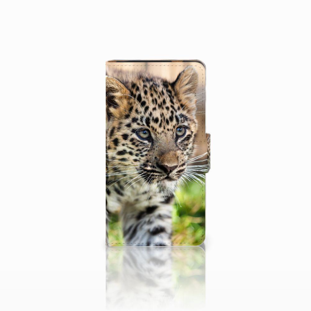 HTC Desire 601 Uniek Boekhoesje Baby Luipaard