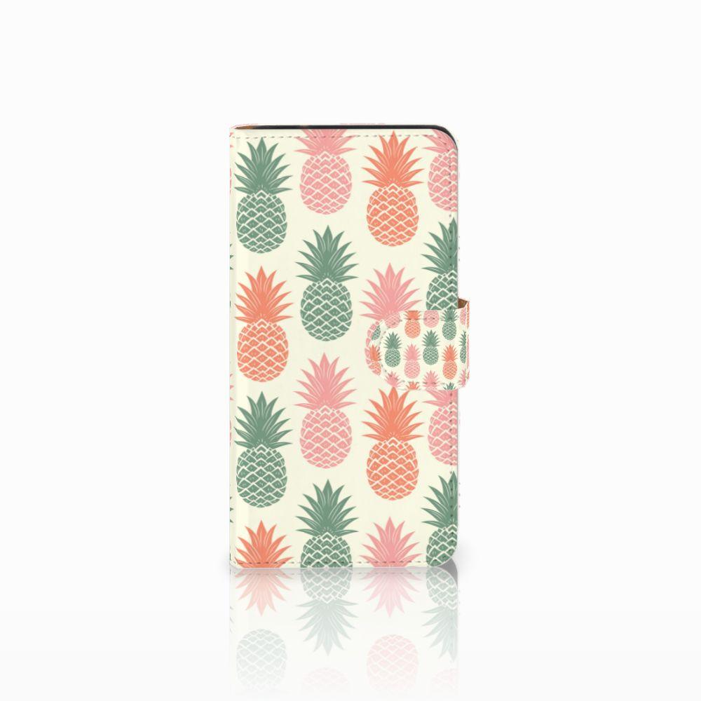Samsung Galaxy J2 2016 Boekhoesje Design Ananas